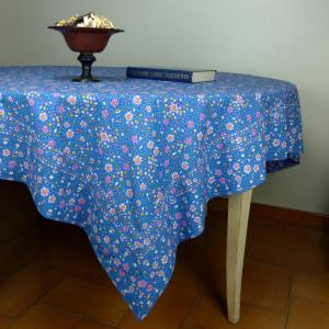 Nappe Rectangulaire Provençale bleue printemps