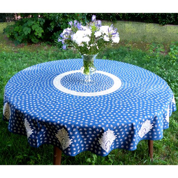 nappe ronde proven ale diam tre 175 bleue motifs blancs. Black Bedroom Furniture Sets. Home Design Ideas
